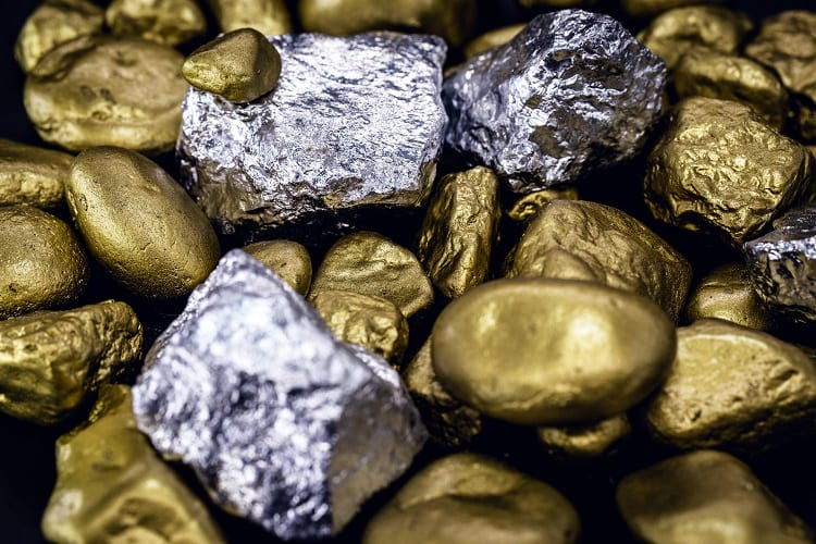 DISADVANTAGES OF INVESTING IN A PHYSICAL METAL